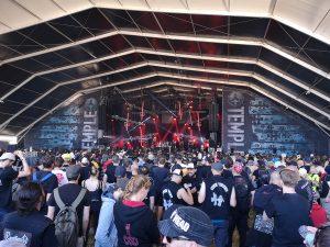 Temple stage s black, doom, alebo dark metalovými kapelami