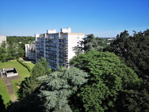 Výhľad z bytu, v ktorom sme spali. Ako na sLOVEnsku...